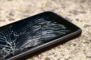 broken-phone-shutterstock-510px